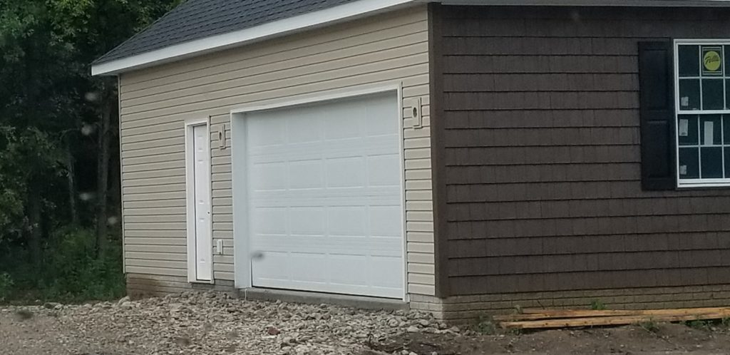 Side entry garage